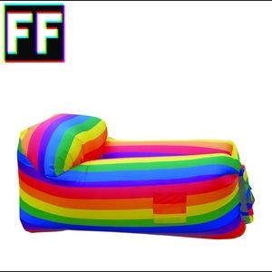 Rainbow Lounger Air Couch 🌈